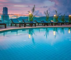 Add Plus Hotel & Spa is located at 182/7 Phungmuang Sai Kor RoadKathu