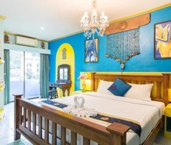 Barefoot Hotel Kalim Beach Front is located at 314 Phrabaramee Rd on Phuket island