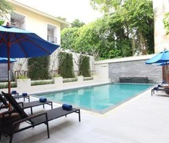 Chanpirom Boutique Hotel is located at 307 Patak Road
