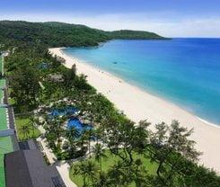 Di Pantai Boutique Beach Resort is located at 324/2 Prabaramee Rd.