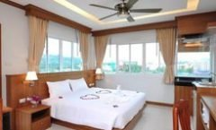 Green Harbor Hotel & Service Apartment is located at 168/46-48 Soi Nanairuamjai 8 Phuangmuang