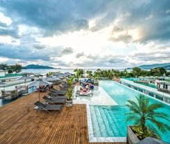 Hotel Clover Patong Phuket is located at 162/8-11 Taweewong Rd.