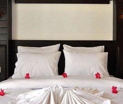 Lemongrass Hotel Patong is located at 2/5 Sirirat Road on Phuket island