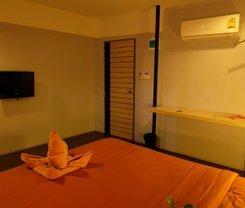 Loma Hostel at Phuket Town is located at 16-18 Phang Nga Road