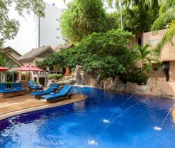 Patong Merlin Hotel is located at 44 Thaveewong Rd.