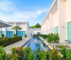 Patong Resort Hotel is located at 208 Raj-Uthit 200 Pee Rd.