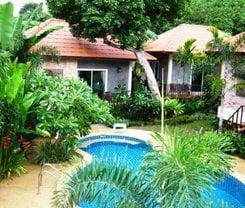Pennapa Chalet is located at 22/33 Moo 4 chaofa road Soi.Ta-ead Tambon Chalong Muang on Phuket island