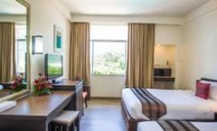 Phuket Merlin Hotel is located at 158/1 Jawaraj Rd.