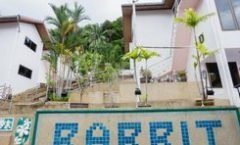 Rabbit Mansion2 is located at 133/9 Thanon Nanai on Phuket island in Thailand. Rabbit Mansion2 has a guest rating of 9.6 and has Apartments amenities including: Parking