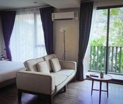 Ruan Mai Naiyang Beach Resort is located at 90/24 Moo 5 Saku